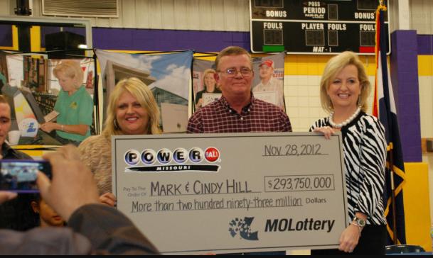 Mark and Cindy Hill, lucky Powerball winners! Source: cnn.com